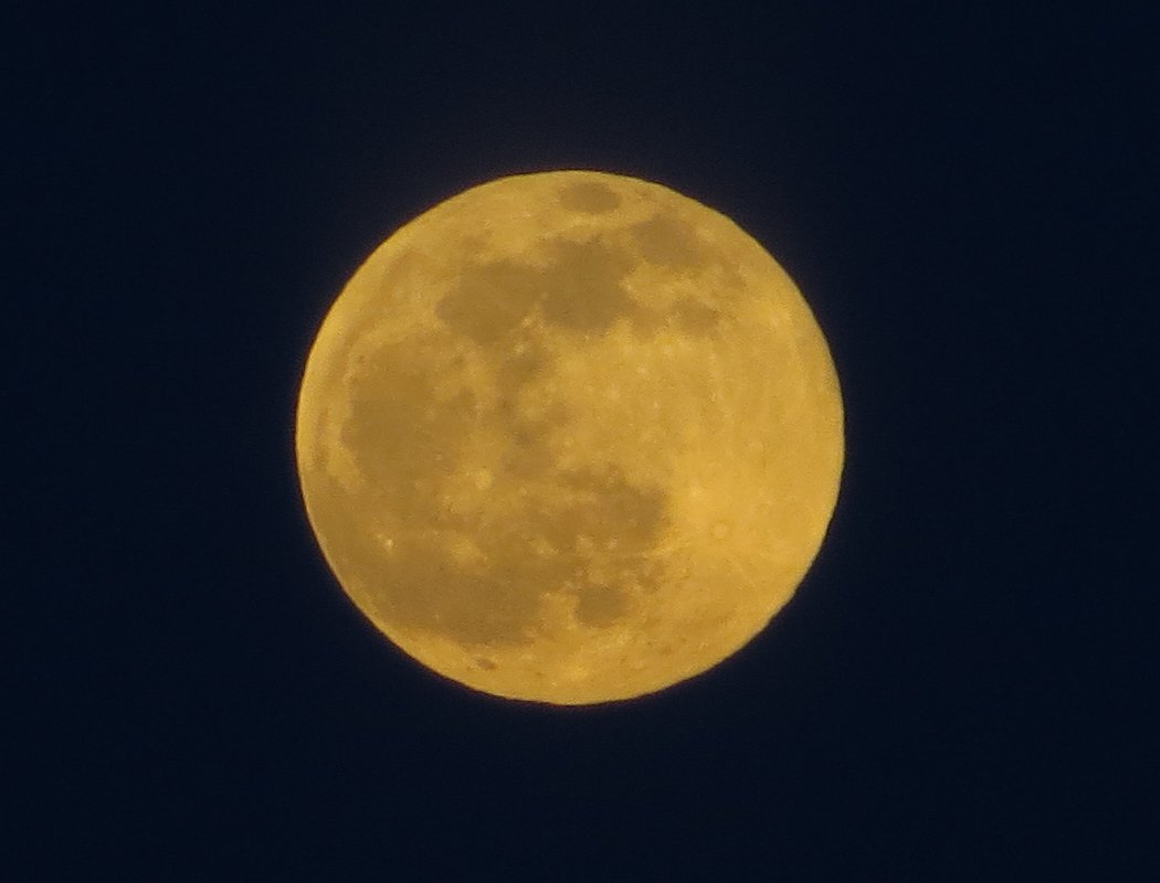 Full Moon; 3 May 2015